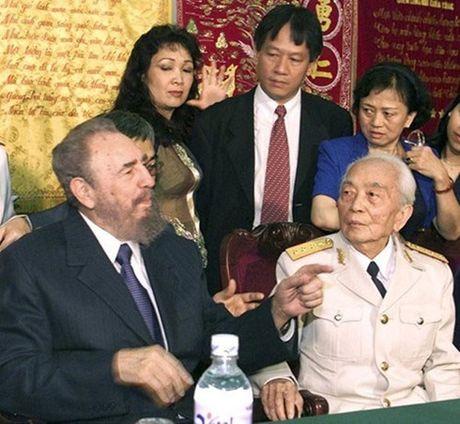 Nguoi dan Cuba va the gioi tiec thuong huyen thoai cach mang Fidel - Anh 2