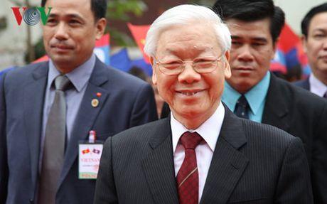 Tong Bi thu Nguyen Phu Trong ket thuc tot dep chuyen tham CHDCND Lao - Anh 1