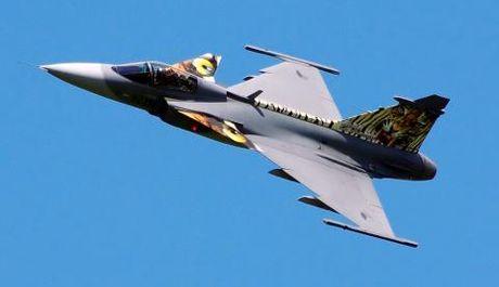 Top 10 tiem kich tot nhat: F-22 mat ngoi vuong - Anh 2