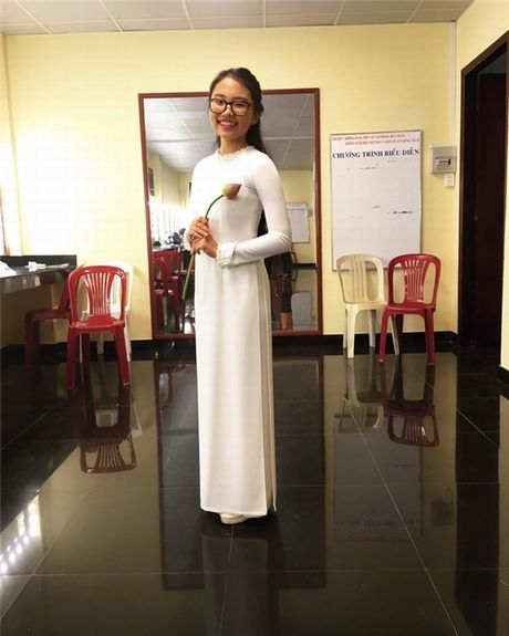 Tuoi day thi phong phao ngay cang kho nhan ra cua Phuong My Chi - Anh 6
