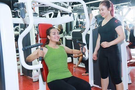 Lo loat anh tap gym cua Quan quan buoc nhay ngan can 2016 - Anh 11