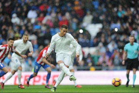 Real Madrid 2-1 Gijon: Diem sang Cristiano Ronaldo - Anh 2