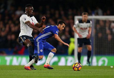 Nguoc dong truoc Tottenham, Chelsea doi lai ngoi dau tu Liverpool - Anh 1