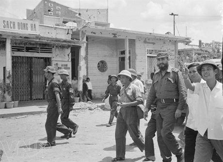 Chuyen ve chuyen tham vi tuyen 17 cua lanh tu Fidel Castro - Anh 1