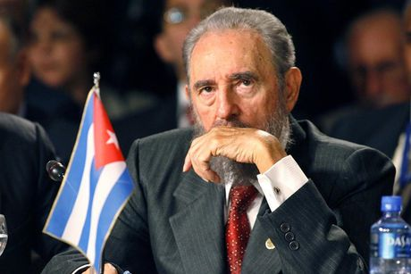 Lanh tu Fidel Castro va nhung tuyen bo bat hu - Anh 1