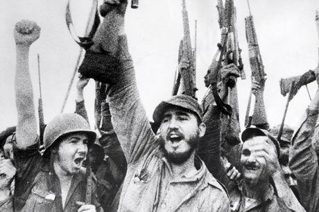 Lanh tu Fidel Castro va nhung tuyen bo bat hu - Anh 2