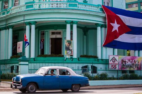 Hang trieu nguoi dan Cuba khoc thuong lanh tu Fidel Castro - Anh 11