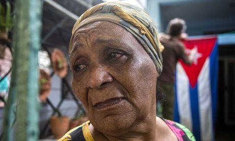 Hang trieu nguoi dan Cuba khoc thuong lanh tu Fidel Castro - Anh 3