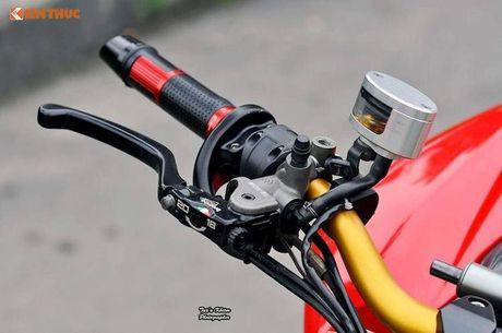 Biker Sai Gon len 'full do hieu' cho Ducati Streetfighter S - Anh 4
