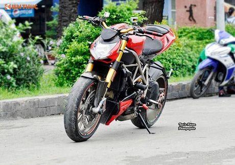 Biker Sai Gon len 'full do hieu' cho Ducati Streetfighter S - Anh 8