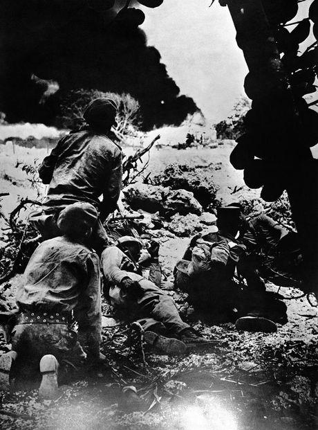 Anh hiem lanh tu Fidel Castro chien dau trong tran Vinh Con Lon - Anh 5