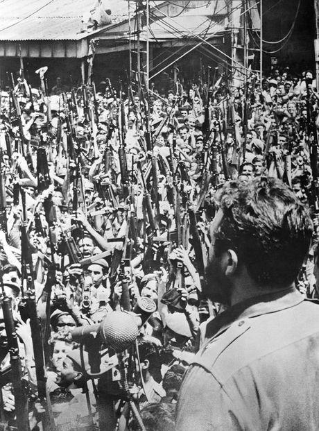 Anh hiem lanh tu Fidel Castro chien dau trong tran Vinh Con Lon - Anh 9