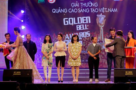 Vinh danh giai thuong Qua chuong vang 2016 - Anh 6