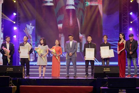 Vinh danh giai thuong Qua chuong vang 2016 - Anh 9