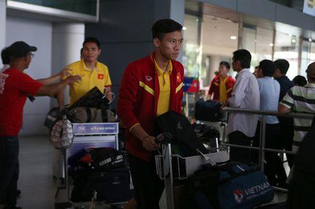 CDV TP.HCM nong nhiet chao don doi tuyen Viet Nam tro ve - Anh 12