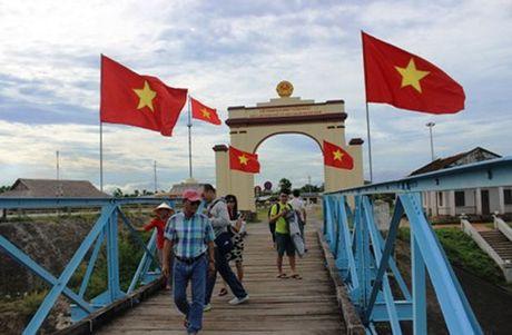 Du lich Viet Nam vuot moc 9 trieu luot khach quoc te - Anh 1