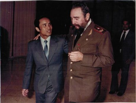 'Con nuoi' Viet cua Chu tich Fidel va ki niem ve nguoi cha dac biet - Anh 2