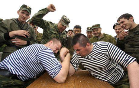 Hinh anh ky niem ngay Hai quan Nga 27-11 - Anh 14