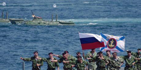 Hinh anh ky niem ngay Hai quan Nga 27-11 - Anh 7