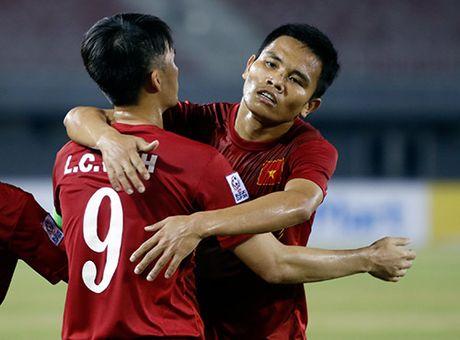"""DT Viet Nam: Khi Thang """"diec"""" cung duoc vi nhu Pirlo - Anh 10"""