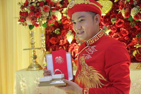 Ba me Hoai Linh cung Thien Bao xuong Tien Giang don dau - Anh 11
