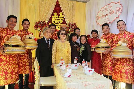 Ba me Hoai Linh cung Thien Bao xuong Tien Giang don dau - Anh 1