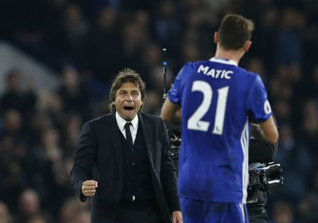 Nguoc dong thang Tottenham, Chelsea xay chac ngoi dau - Anh 2