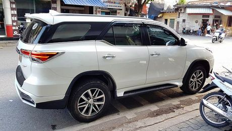 Toyota Fortuner 2017 chua ban da co ban do Lexus tai Viet Nam - Anh 3