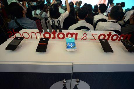 'Dao cao' Moto Z chinh thuc ra mat tai Viet Nam, gia 15,9 trieu dong - Anh 2