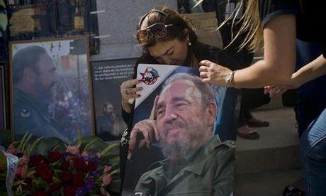 Fidel Castro trong tam tri nguoi dan Cuba - Anh 1