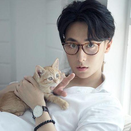 Nhung nam than showbiz co moi cong sexy lam fans nu 'chet me chet met' - Anh 3
