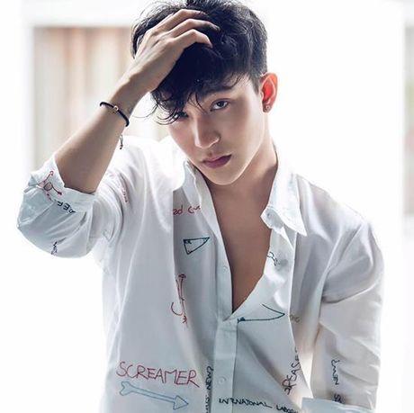Nhung nam than showbiz co moi cong sexy lam fans nu 'chet me chet met' - Anh 6