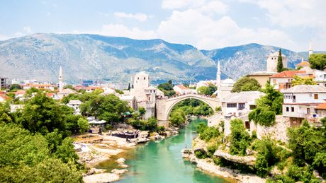 Phia sau nhung vet dan o Bosnia Herzegovina - Anh 1