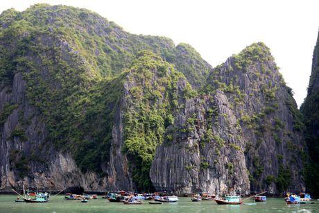 Huyen ao thien cung dong o ky quan the gioi vinh Ha Long - Anh 4