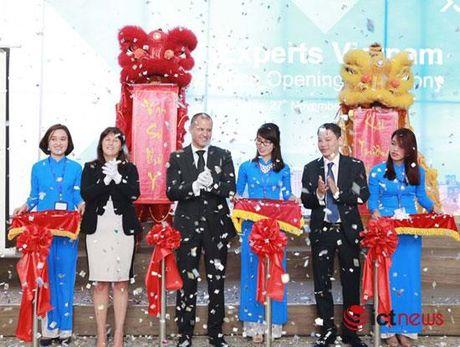 Khai truong Van phong moi, Tek Experts muon nang quy mo len 1.000 nhan vien - Anh 1