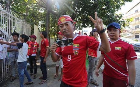Bong da o co do Yangon - Anh 1