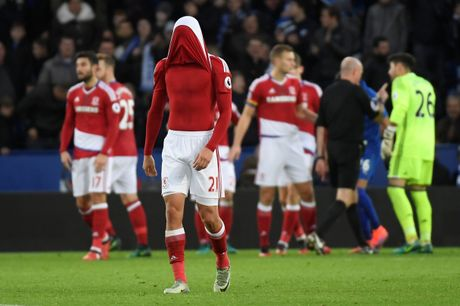 Leicester hoa hu via 2-2 nho penalty o phut bu gio cuoi - Anh 9