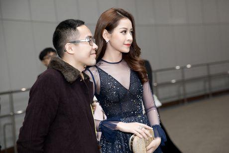 Chi Pu sanh doi tai tu 'Nguoi thua ke' tren san khau - Anh 2