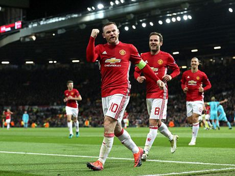 Rooney se cam fan 'tu suong' voi minh - Anh 4
