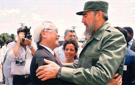 Ky uc kho phai ve cuoc phong van Chu tich Fidel Castro 15 nam truoc - Anh 1
