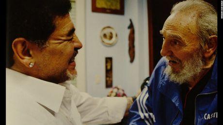 Fidel Castro qua ong kinh cua con trai ong, Alex Castro - Anh 2