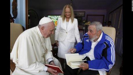Fidel Castro qua ong kinh cua con trai ong, Alex Castro - Anh 3