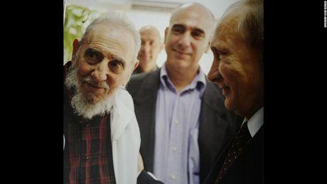 Fidel Castro qua ong kinh cua con trai ong, Alex Castro - Anh 5