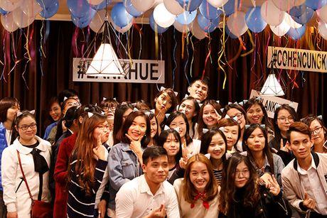 Lan Khue bat khoc truoc tinh cam cua nguoi ham mo Ha Noi - Anh 12