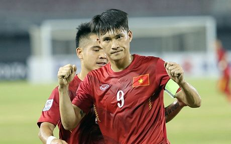 Top 10 chan sut trong lich su AFF Cup: Cong Vinh dung thu 2 - Anh 10