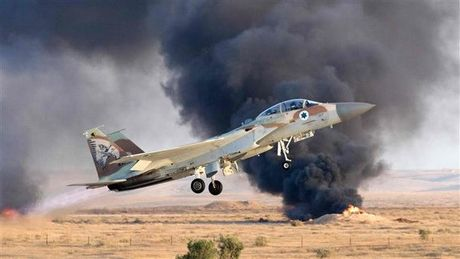 Quan doi Israel giao tranh voi cac tay sung tai bien gioi Syria - Anh 1