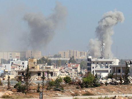 Syria khang dinh se chong lai 'moi am muu can thiep cua nuoc ngoai' - Anh 1
