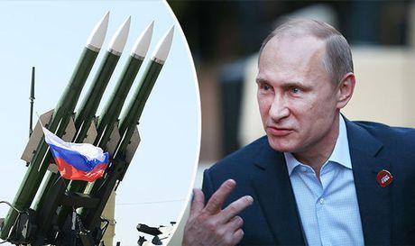Nguy co chien tranh: Lo ke hoach Putin tra dua NATO mo rong quan su - Anh 1