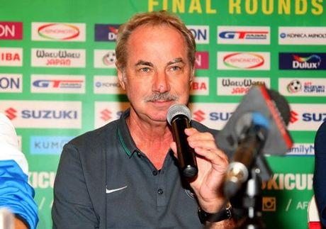 Tin tuc AFF Cup (28.11): Kiatisak 'tru eo' DT Viet Nam, Indonesi chon san 'tinh le' - Anh 6