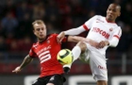 Cu dup cua Cavani giup PSG da bai Lyon, ap sat Nice - Anh 5